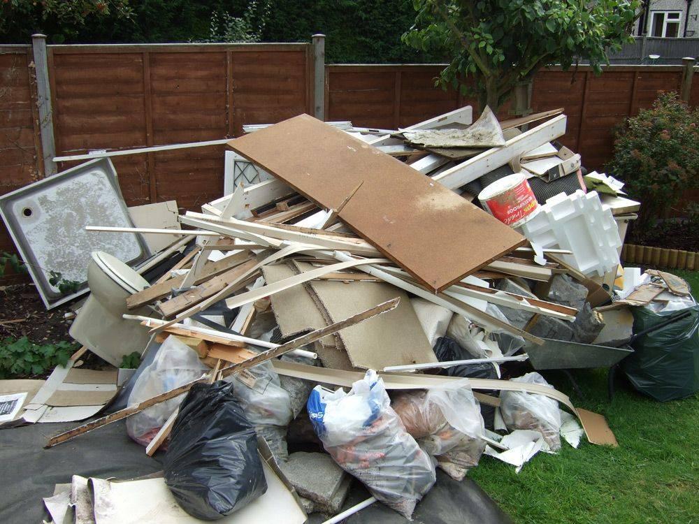 Выбрасываем строительный мусор правильно